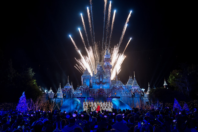 """Tony Award-winning actress Idina Menzel (left) joins fellow """"Frozen"""" star Kristen Bell to perform on the steps of Sleeping Beauty Castle at Disneyland Park in Anaheim, Calif., Tuesday, Nov. 14, 2017, during a taping of """"The Wonderful World of Disney: Magical Holiday Celebration."""" The duo will appear singing together for the first time on primetime television, Thursday, Nov. 30, 9-11p.m. ET, on The ABC Television Network. (Matt Petit, photographer)"""