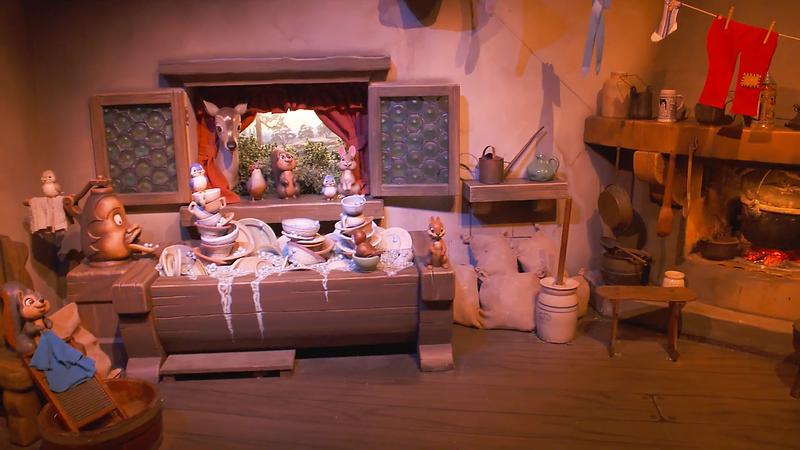 Snow White's Enchanted Wish Disneyland First Look (1)