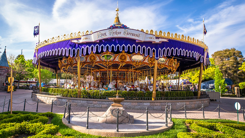 king arthur carrousel disneyland refurbishment 2021 (2)