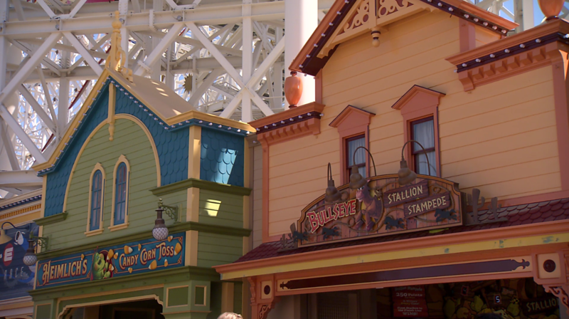 CLOSER LOOK: Games of the Boardwalk at Disney California Adventure updated for #PixarPier🎡