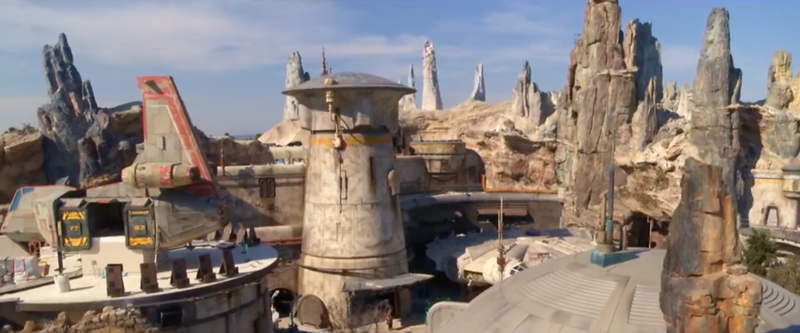 PICTORIAL: New looks into details and nuance of STAR WARS: GALAXY'S EDGE