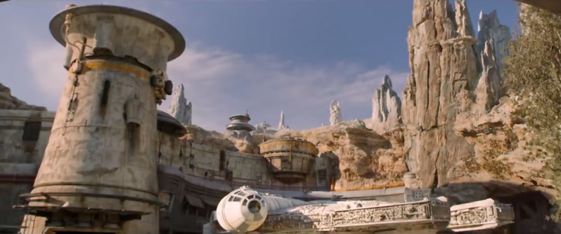 What you need to know about Disneyland reservations for STAR WARS: GALAXY'S EDGE
