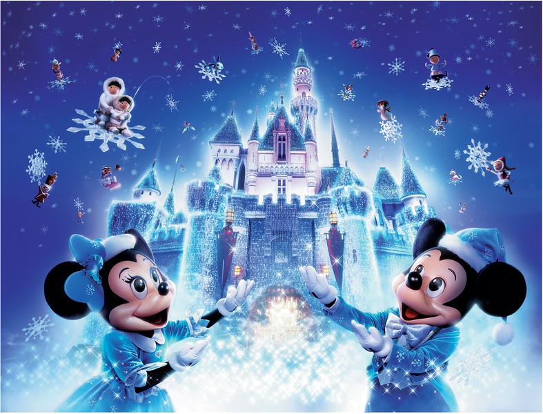 A SPARKLING CHRISTMAS celebration brings holiday magic to Hong Kong Disneyland