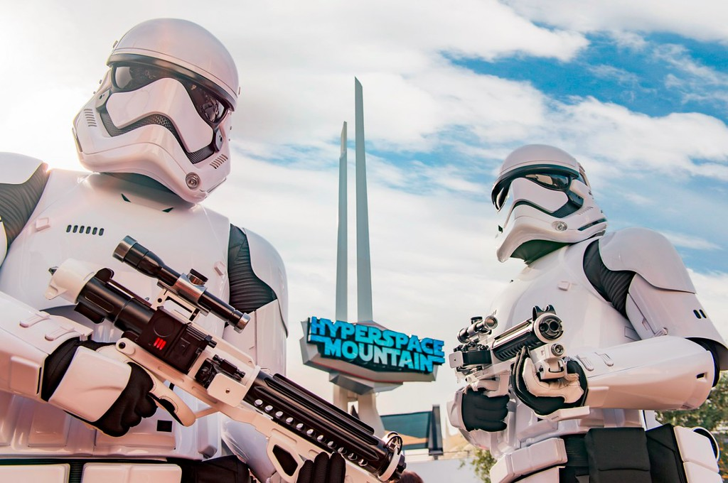 'Star Wars: Tomorrowland Takeover' brings Hyperspace Mountain and more to HKDL