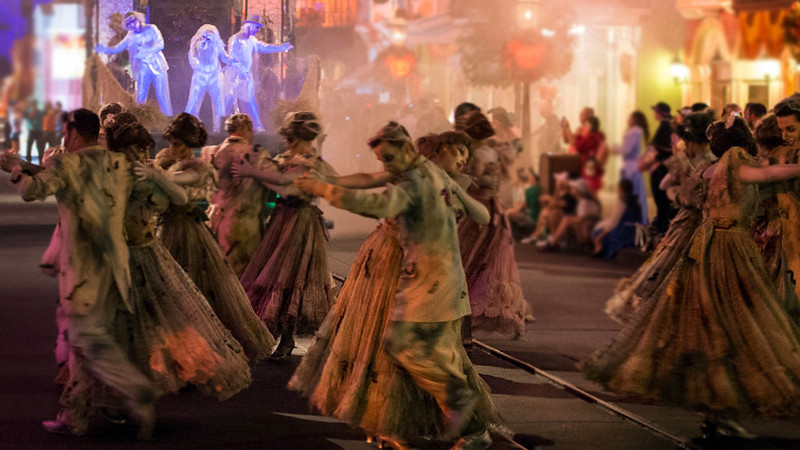 Expanded #HalloweenTime parade comes to Disneyland's MICKEY'S HALLOWEEN PARTY event
