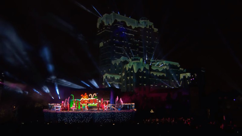 WATCH: GOOFY'S INCREDIBLE CHRISTMAS brings together projections on Tower of Terror, characters, pyro, and holiday music