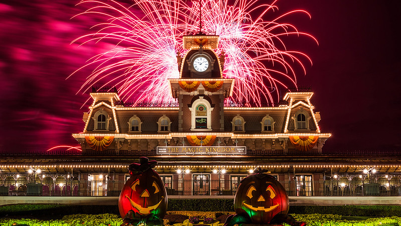 Watch how Walt Disney World gets ready for Halloween in one minute!