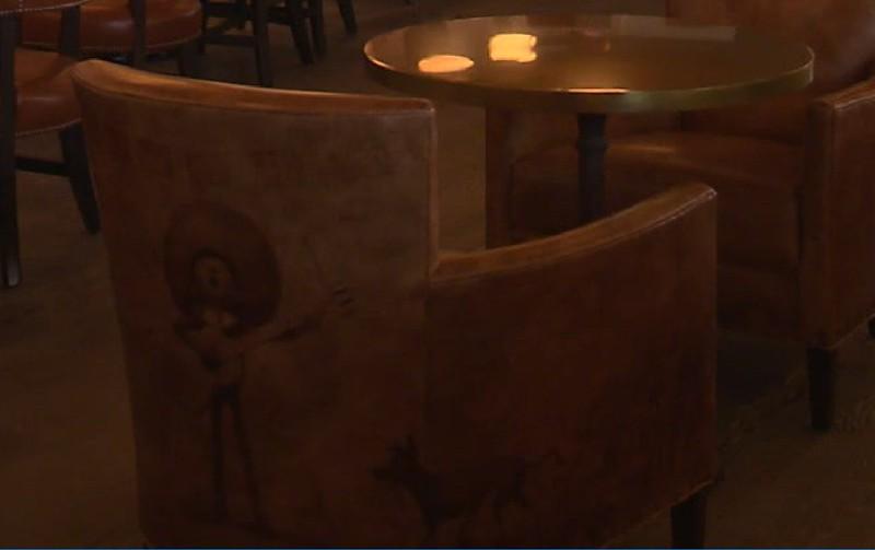 lamplight lounge pixar pier official (15)