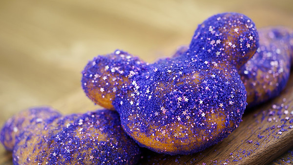 New must-eats at Disneyland with late-night menu and Fantasmic! treats