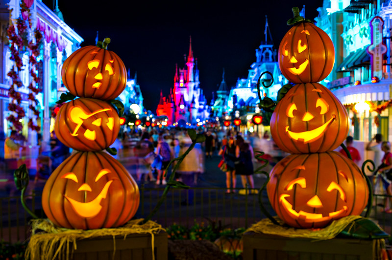 August 25th start to newly-expanded Mickey's Not-So-Scary Halloween Party, 'Hocus Pocus Villain Spelltacular' returns
