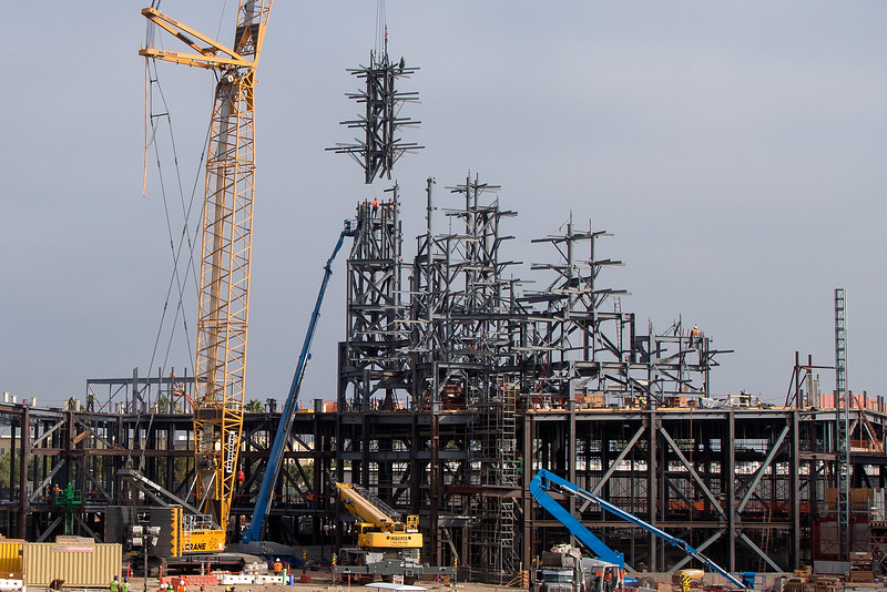 'Star Wars: Galaxy's Edge' reaches highest heights