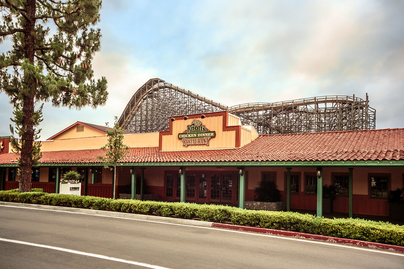 Knott's Berry Farm extends COVID-19 coronavirus closures to at least mid-May