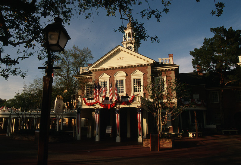 behind the attraction disney plus 7 hall of presidents (1)