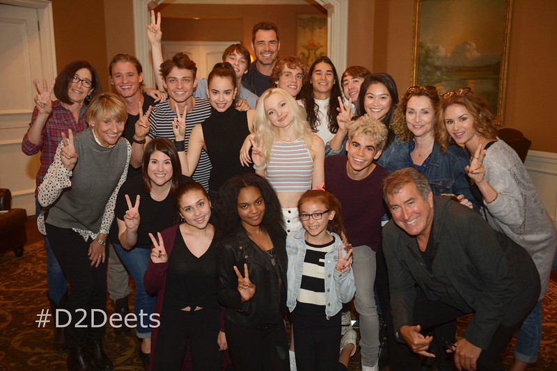 Cast photo! Stars of Disney Channel's DESCENDANTS 2 assemble!