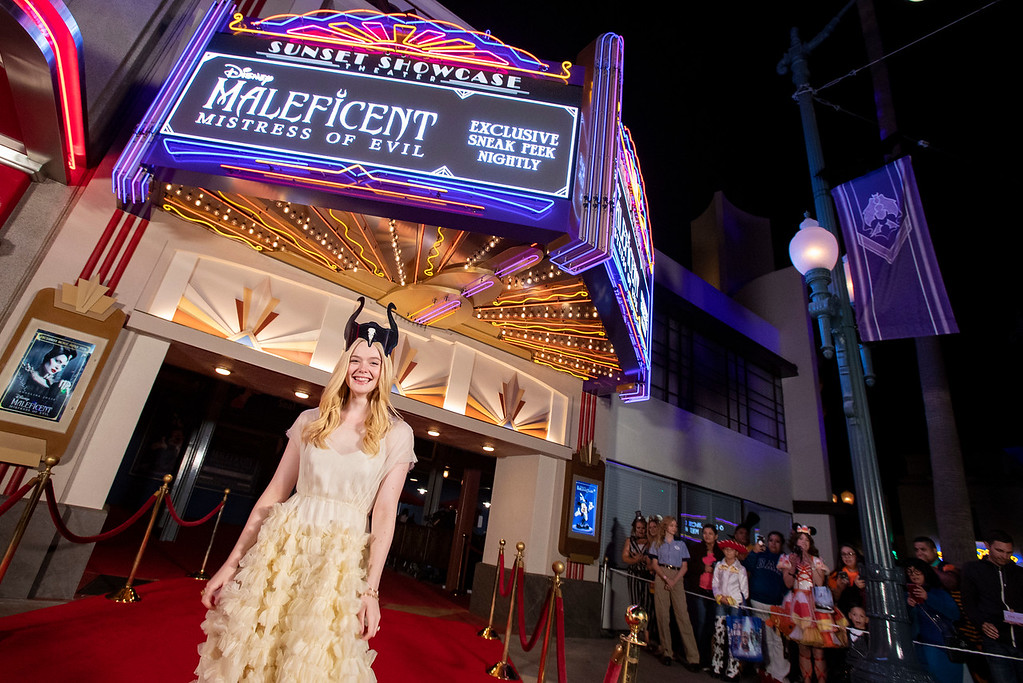 Elle Fanning surprises fans at MALEFICENT: MISTRESS OF EVIL sneak peek in DCA