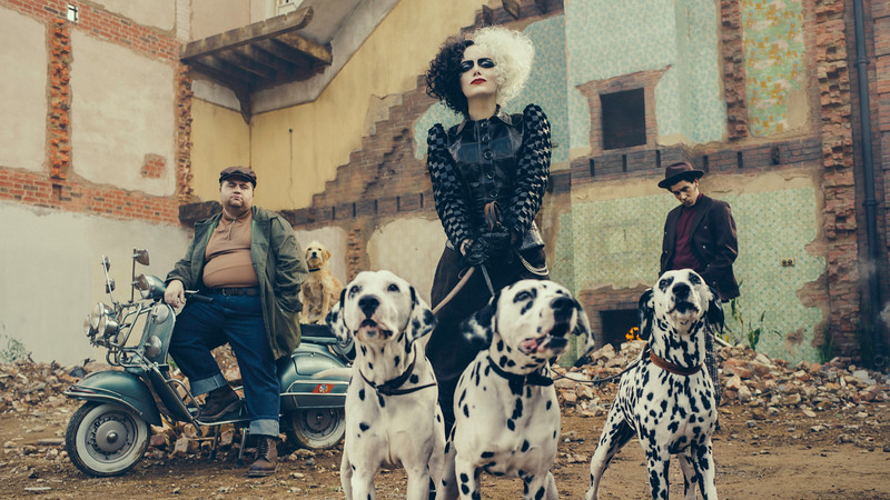 CRUELLA, starring Emma Stone, offers first look at devious diva, dalmatians