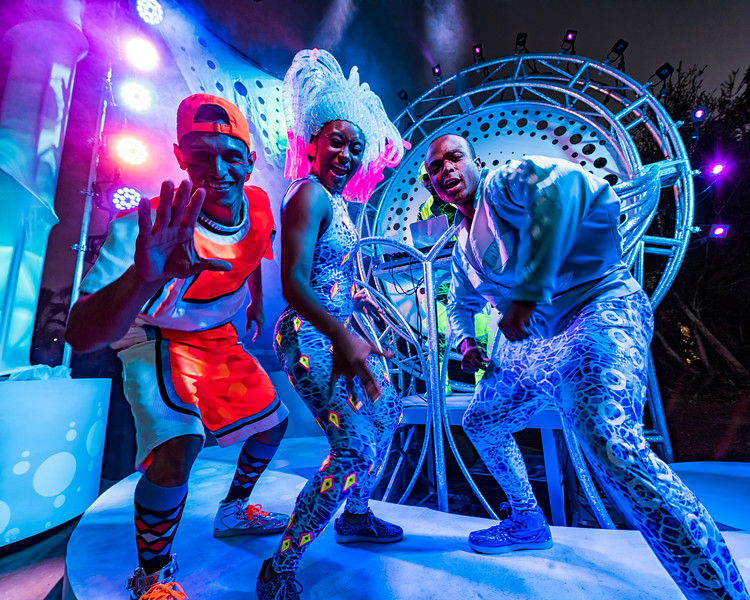 ELECTRIC OCEAN bringing nighttime fun to SeaWorld San Diego #SeaItGlow