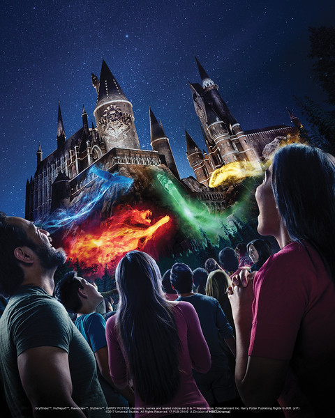 Projection mapping show coming to Universal Hollywood's 'Wizarding World of Harry Potter'!