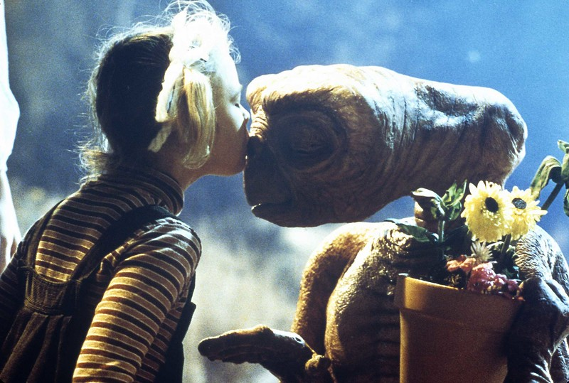 E.T. returns home to big screen, 2-night nationwide TCM event