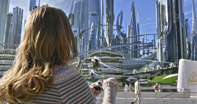 Disney's TOMORROWLAND<br /> <br /> Casey (Britt Robertson) <br /> <br /> Ph: Film Frame<br /> <br /> ©Disney 2015
