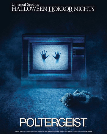 We're here for this! First-time ever POLTERGEIST maze at Universal Halloween Horror Nights!