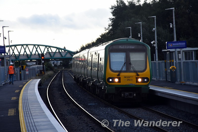 29017 rushes through Pelletstown with the 0900 Connolly - Clonsilla Empty to take up duties on the M3 Parkway service for the day. Sun 26.09.21