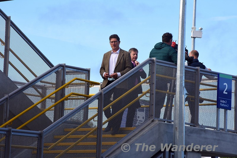 Shortly before the launch at 1000, the Minster for Transport Eamon Ryan arrived at the station. Sun 26.09.21