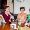 Tessa, moeder Daisy, Francine & dochter Amaya tijdens drink @ Café Belfort - Grote Markt - Menen