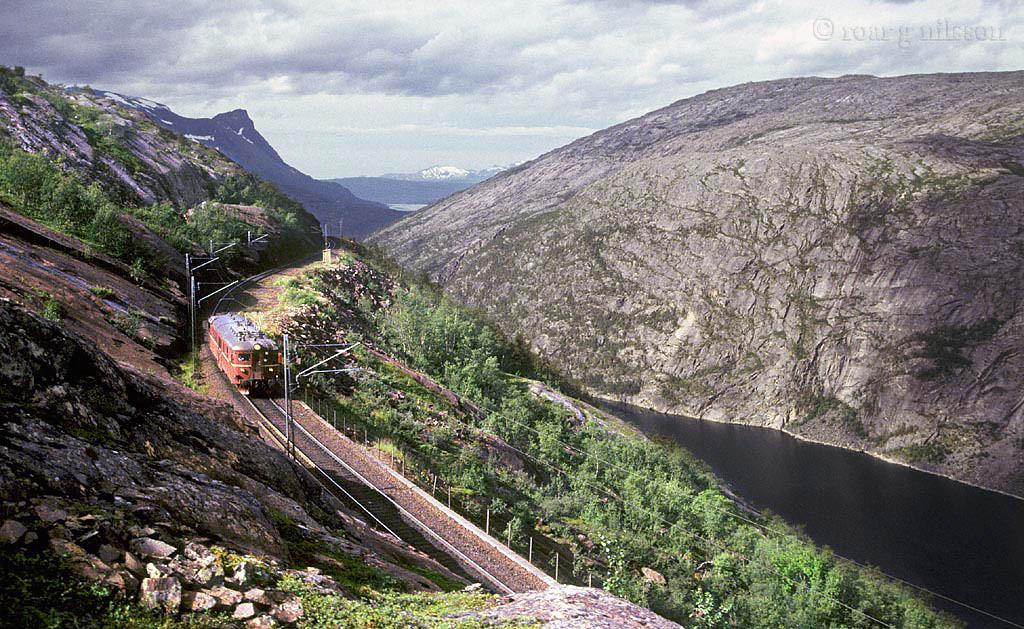 NSB Bm 67 Horisontalen 1993-08-18 by Roar G. Nilsson