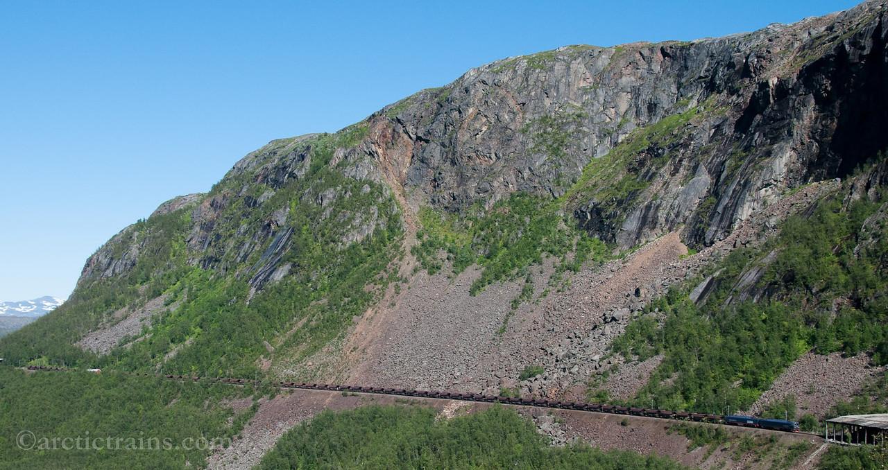 LKAB Iore 115 Stenbacken + 119 Koskulskulle, F050, Norddalen 2012-08-13 by TS
