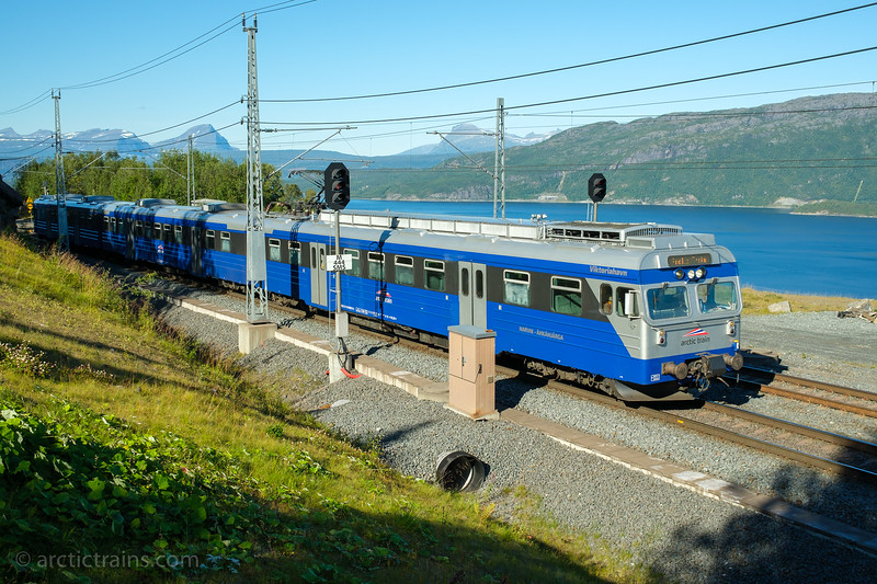 "Arctic Train Bm 69 ""Viktoriahavn"" in tourist service 3453 at Straumsnes st. 2020-09-03 12:40 (Photo: Terje Storjord)"