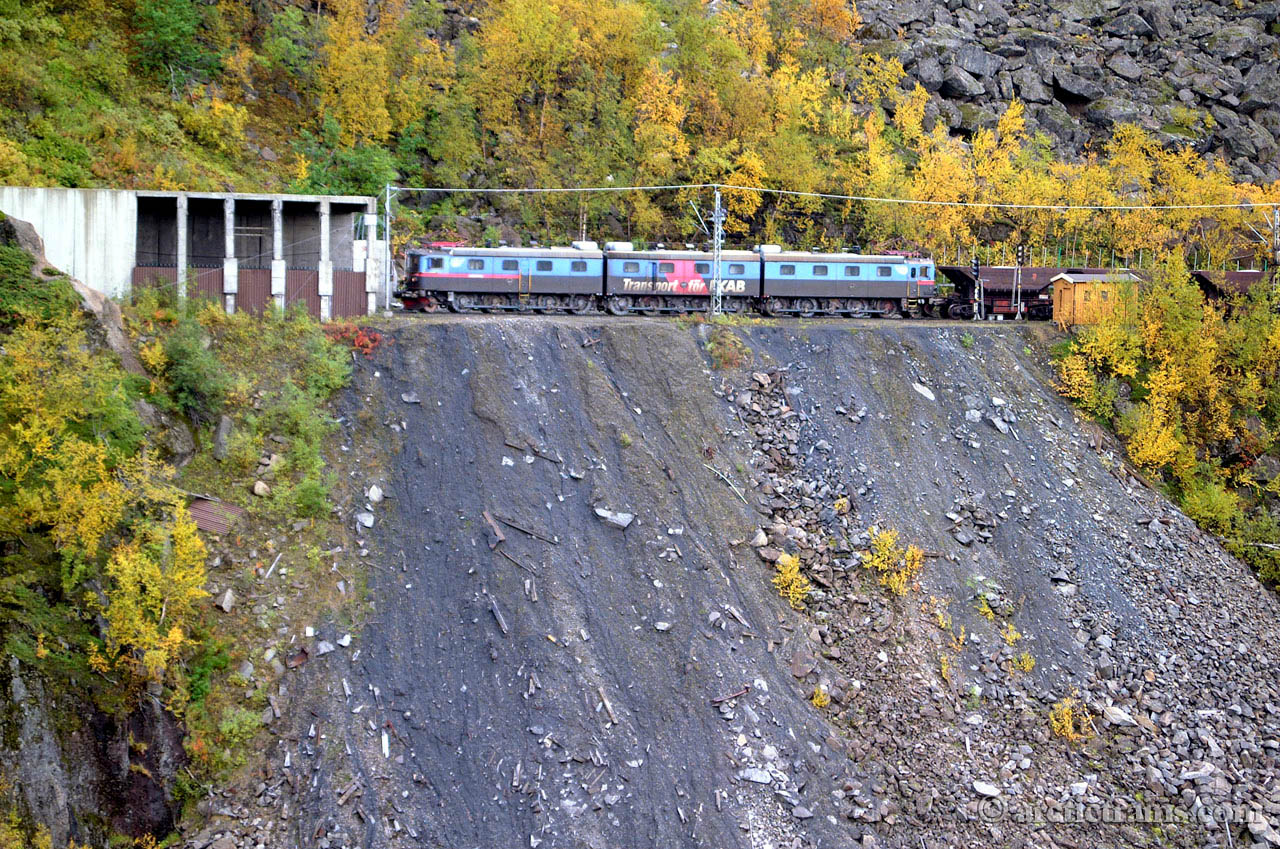 LKAB Dm3 Norddalstunnel avalanche shed 2001-09-09 by TS