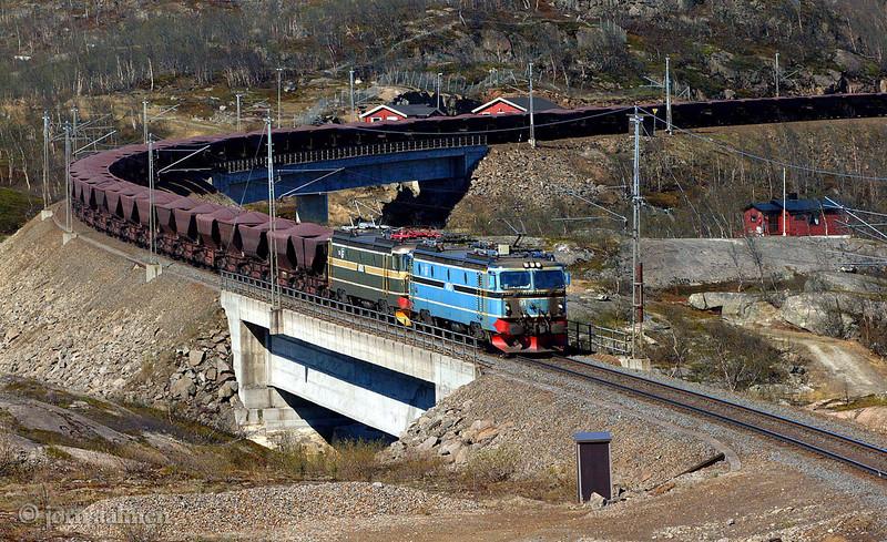 LKAB (MTAS) El15 2195 219 Uad Soesterbekk hp  2002-05-29 bu Joern Aalmen
