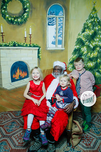 Old North Pictures with Santa 2017-039