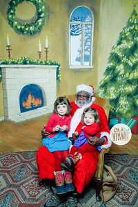 Old North Pictures with Santa 2017-033