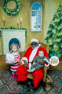 Old North Pictures with Santa 2017-028