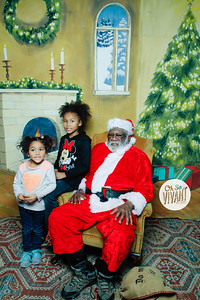 Old North Pictures with Santa 2017-022