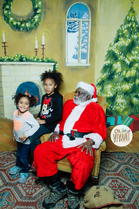 Old North Pictures with Santa 2017-023
