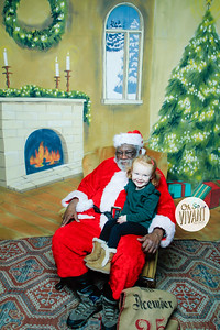 Old North Pictures with Santa 2017-017