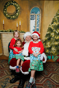 Pictures with Santa @Earthbound 12 1 2018-058
