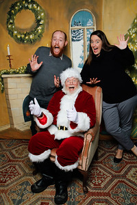 Pictures with Santa @Earthbound 12 1 2018-047
