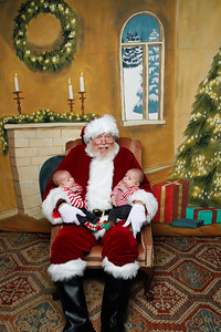 Pictures with Santa @Earthbound 12 1 2018-021