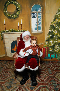 Pictures with Santa @Earthbound 12 1 2018-007