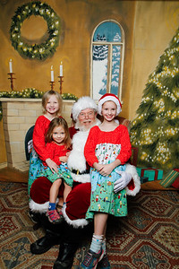 Pictures with Santa @Earthbound 12 1 2018-056