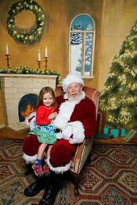Pictures with Santa @Earthbound 12 1 2018-053