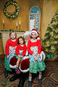 Pictures with Santa @Earthbound 12 1 2018-063