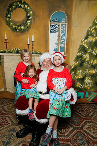 Pictures with Santa @Earthbound 12 1 2018-059
