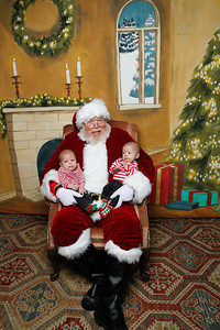 Pictures with Santa @Earthbound 12 1 2018-023