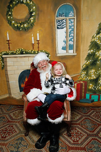 Pictures with Santa @Earthbound 12 1 2018-024