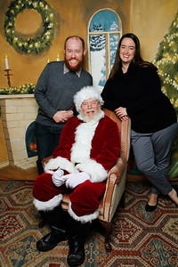 Pictures with Santa @Earthbound 12 1 2018-046